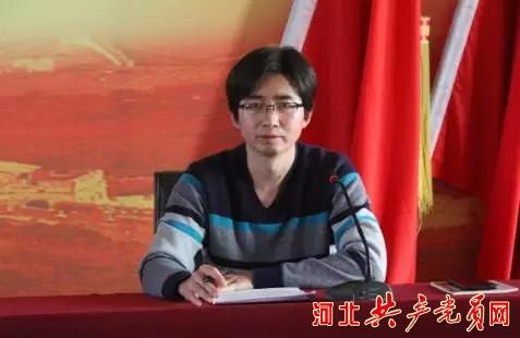 唐山市委组织部农村处副处长陈海亮现场授课